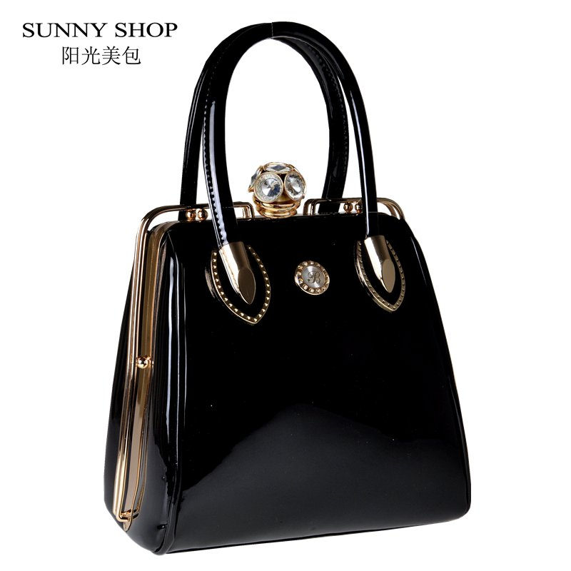 e6ebf88c359b SUNNY SHOP Fashion Skull Diamonds Women Bag Crystal Ladies Evening Bag  Bride Tote Bag Women Wedding Handbag Brand Designer – Fashionfourpassion